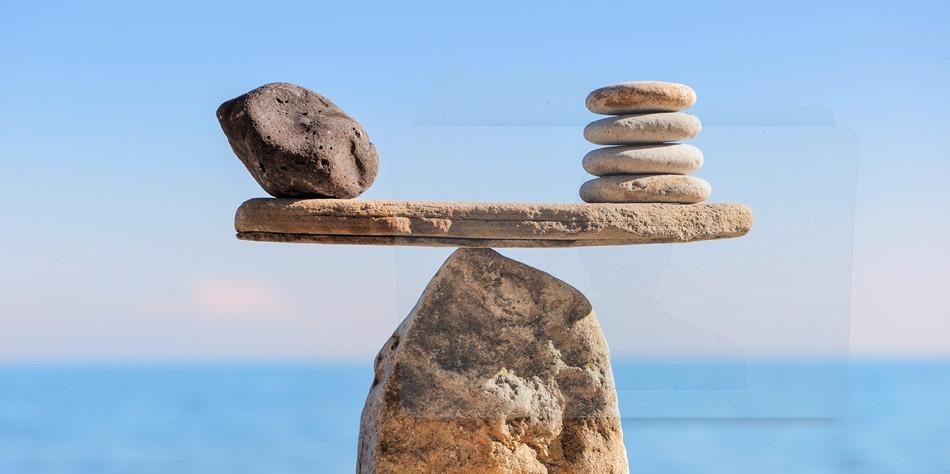 Nell'etica pubblica serve principalmente equilibrio al fine di non lasciarsi travolgere