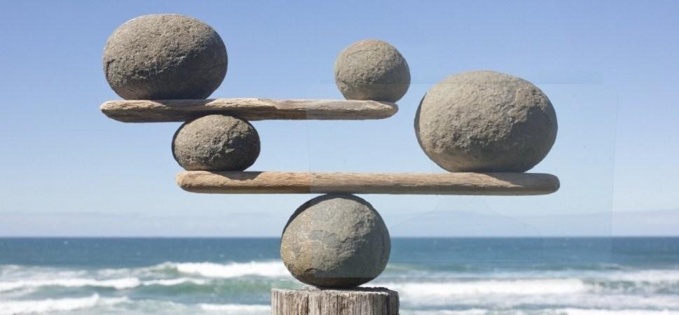 Nell'etica pubblica bisogna appropriarsi di equilibrio, aerodinamicità, plasticità e pragmatismo, per trovare il prima possibile la via