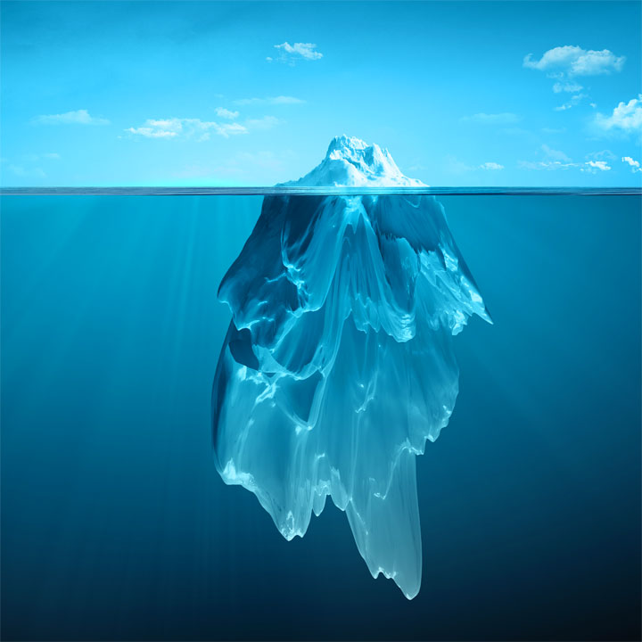La superficialità dell'iceberg nell'acqua ci aiuta a capire cosa manca attualmente alla nostra Etica Pubblica e alle persone in generale