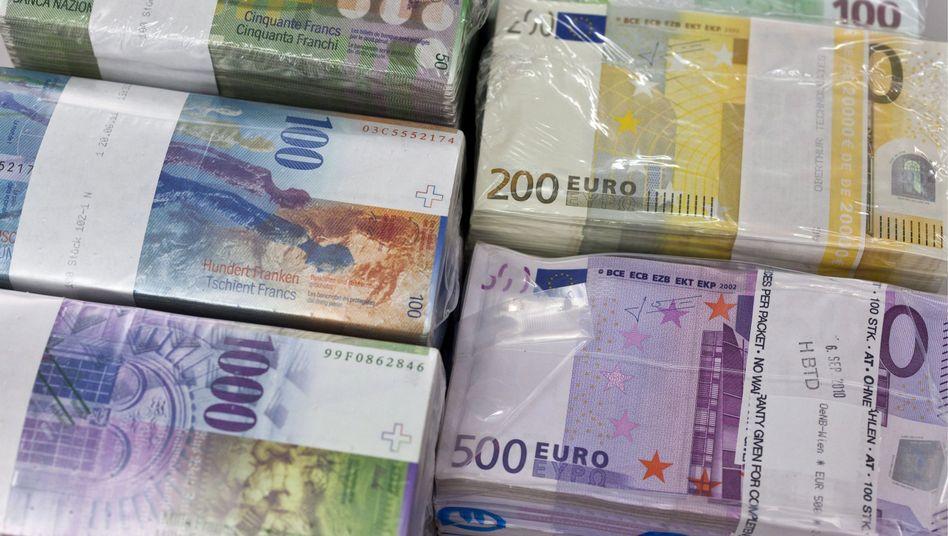 valute contanti assegni